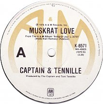 captain-and-tennille-muskrat-love-am-5-s