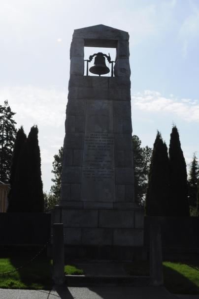 Steilacoom,_WA_-_Protestant_Church_monument_01.jpg