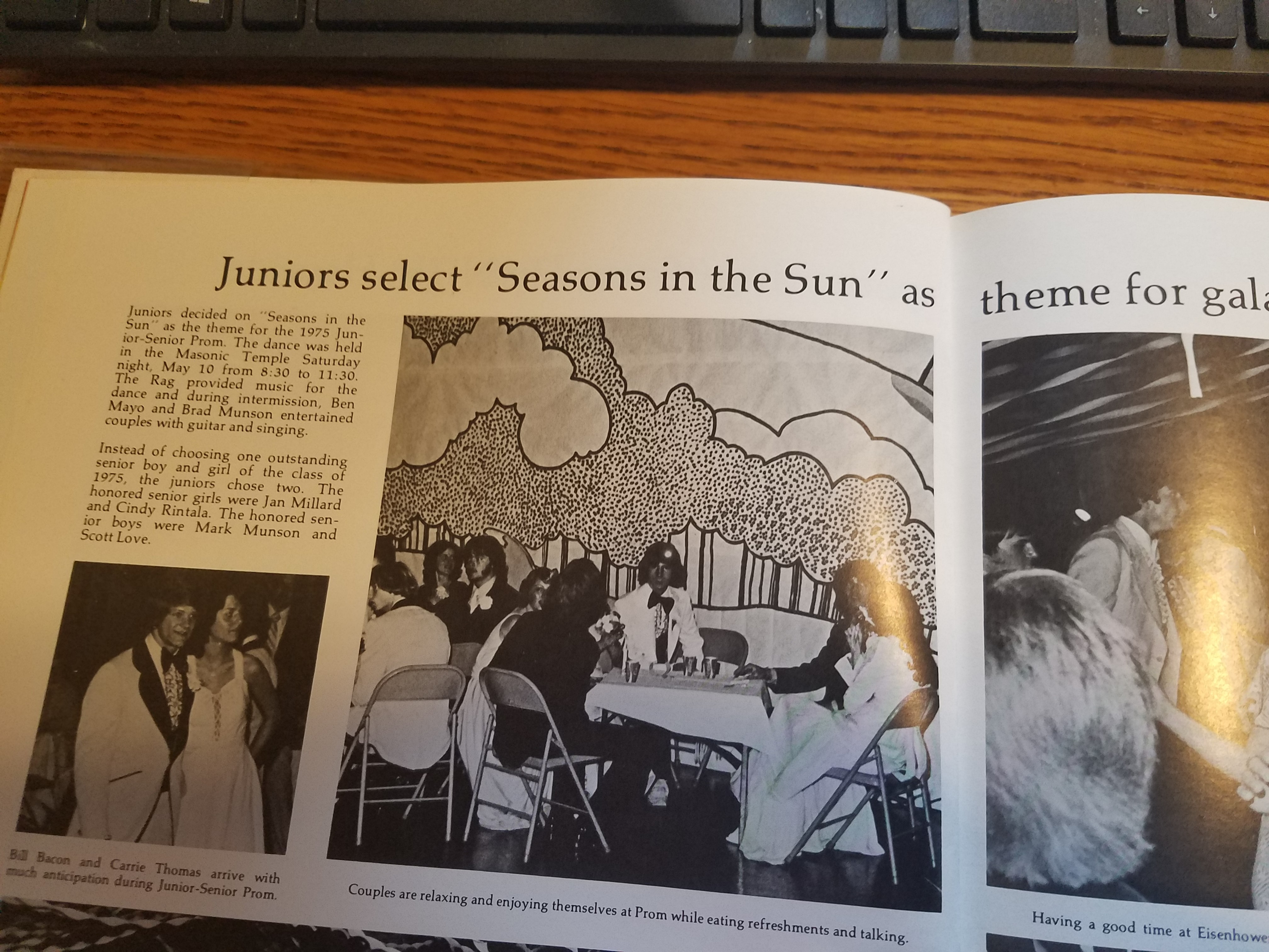 Reveille 1975 Prom page
